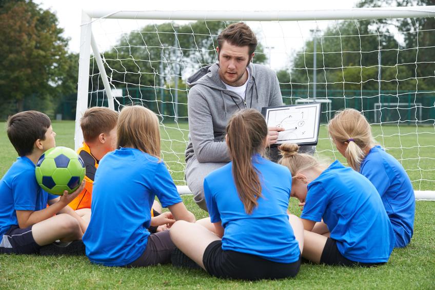 Von Sport bis Ehrenamt: Führungsqualitäten erwirbt man nicht nur im Beruf